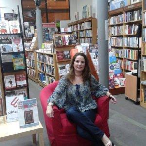 La escritora Ibiza Melián charla con la librería Canaima